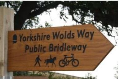 Wolds Way Sign