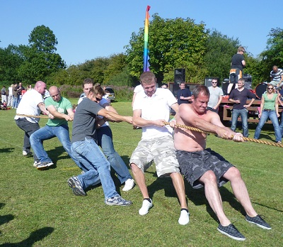 Photo of tug of war at Newbald gala